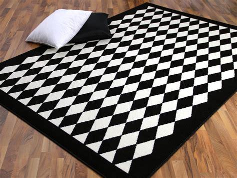 schwarze teppiche schwarz wei 223 teppich harzite