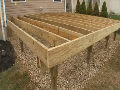 amazing wood deck builder    build wood deck plans