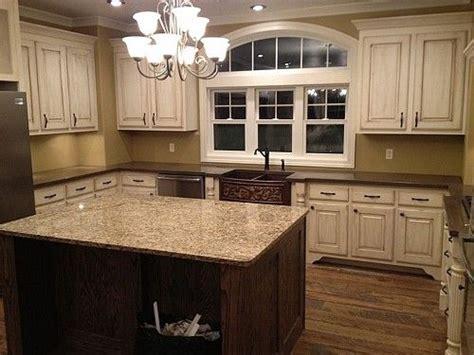 best 25 beige kitchen cabinets ideas on beige kitchen beige cabinets and island