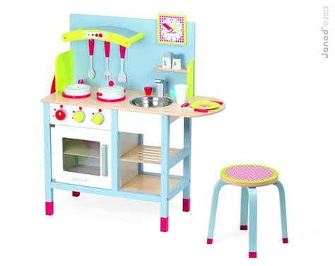 cuisine bois enfant janod janod 4506538 cuisine jouet picnik duo tabouret