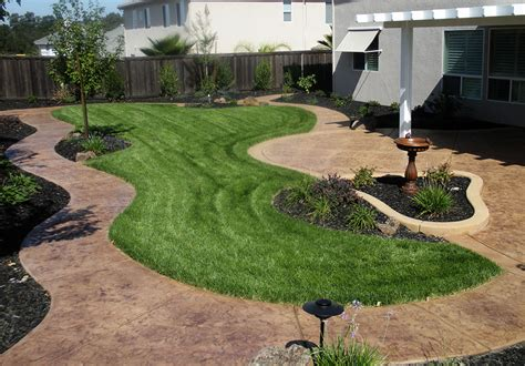 roland beginner small yard landscaping ideas on hillsides