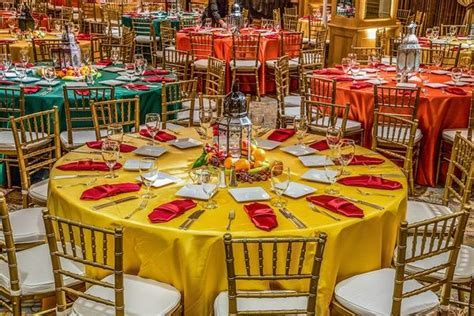 Indian Wedding with Vibrant Colors and Gorgeous Red Roses