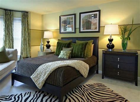 Bedroom Color Schemes Brown And Green комбинированная покраска стен в два и более цвета 10