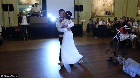 Wedding Cameraman by Sydney Wedding Cameraman Slips At A Wedding Reception