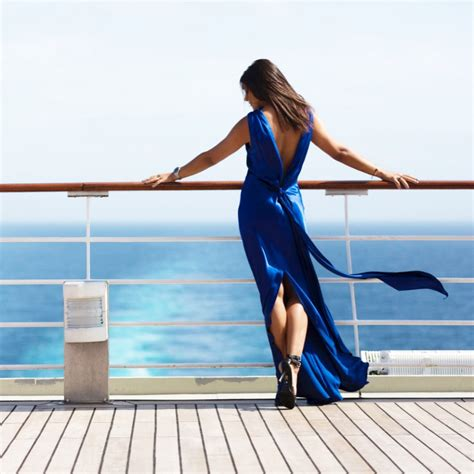 Cruise Wardrobe - what to wear on the worlds most luxurious cruise the