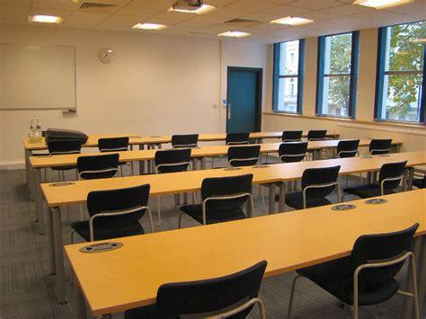 lecture room sun l lecture room