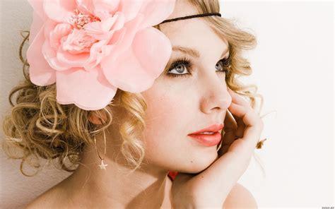 Modern Photo Album Taylor Taylor Swift Wallpaper 32060873 Fanpop