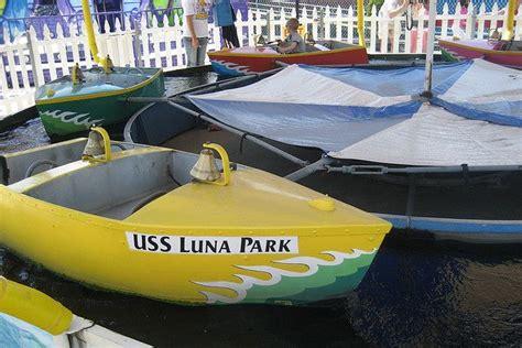 deno boats nyc brooklyn coney island deno s kiddie park boat