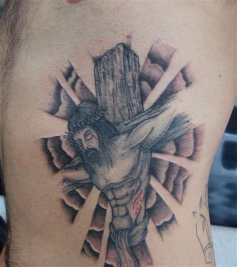jesus inri tattoo designs crucifix tattoo on rib