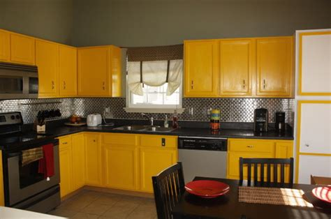 yellow kitchen cabinet do we need to repaint our yellow kitchen cabinets for sale