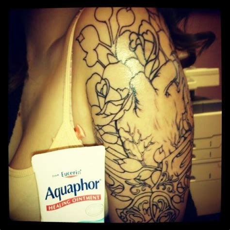 aquaphor on tattoos 28 how to use aquaphor on aquaphor for