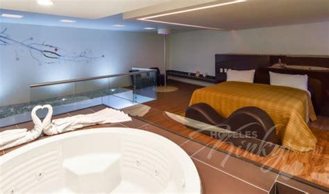 habitacion suite con jacuzzi habitaci 243 n suite con jacuzzi del love hotel sara