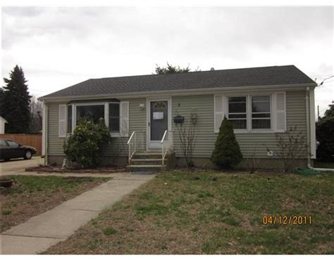 houses for sale in johnston ri 8 rowena dr johnston rhode island 02919 reo home details foreclosure homes free