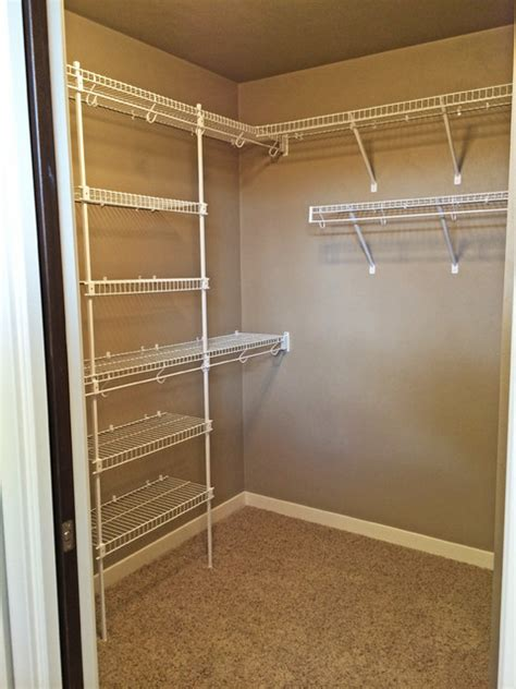 Closet Wire Shelving Ideas by N2298 Northmont Craftsman Style 1 1 2 Story New Construction Home Craftsman Closet
