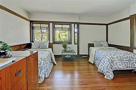 frank lloyd wright bedroom house of the week a frank lloyd wright carefully