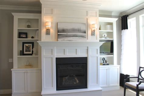 Built In Shelves Around Fireplace by S Casablanca Fireplace Book Shelves