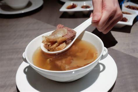 jiang nan chun new year menu 2016 jiang nan chun singapore exquisite peking duck with a