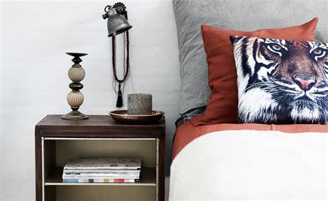 kleine fernseher günstig bilder niedrigen decke im wohnzimmer mit balken