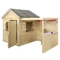 maisonette bois maisonnette enfant bois alpaga avec pergola plantes et
