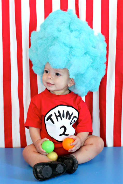 make a thing 1 and thing 2 wig for your diy
