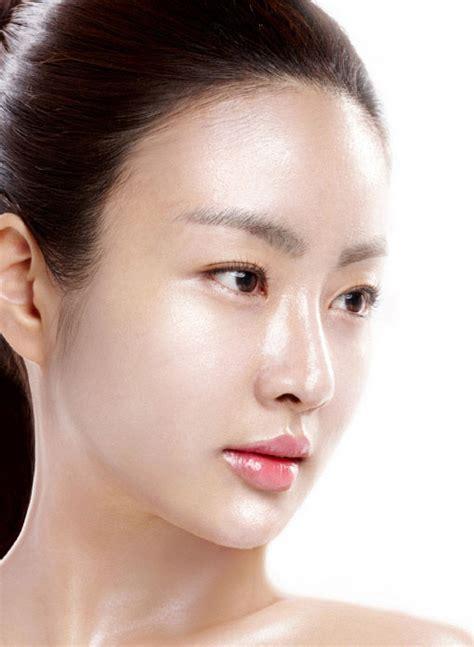 Pelembab Wajah Natur E merawat kulit wajah berminyak dengan baik kesehatan