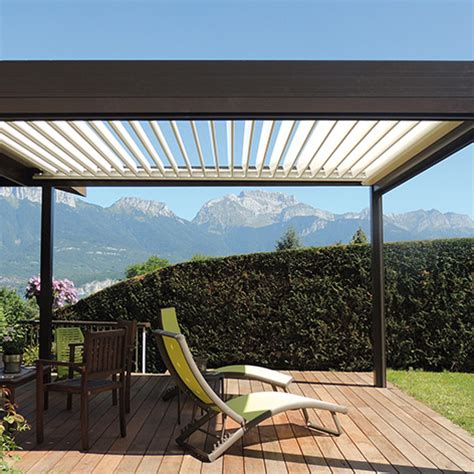 solisysteme pergolas with aluminium louvers