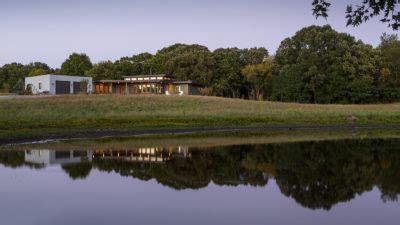 Prairie Modern by Modern Rehkamp Larson Architects