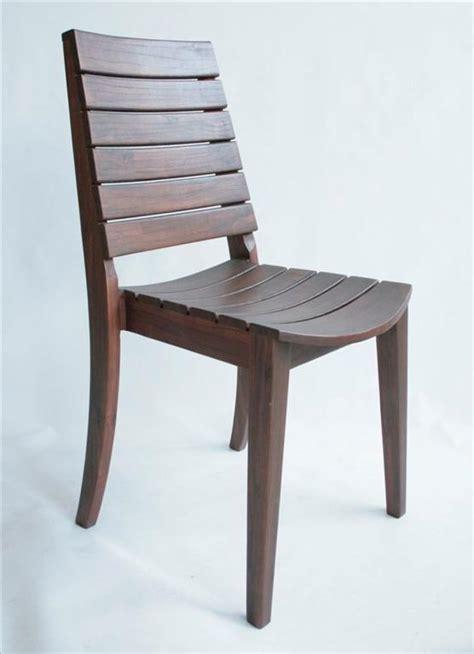 sedie in legno da esterno sedia da esterno in legno sedia impilabile