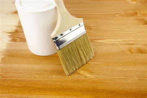 come verniciare un tavolo in legno verniciatura legno come verniciare come verniciare
