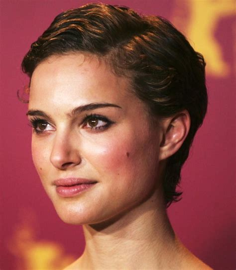 google images celebs with pixie cuts short celebrity hairstyles natalie portman side parted
