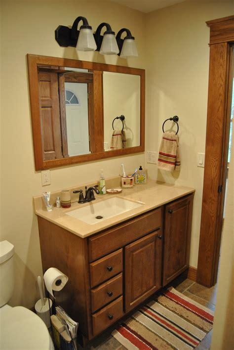 bertch bath cabinets  birch  quebec door style