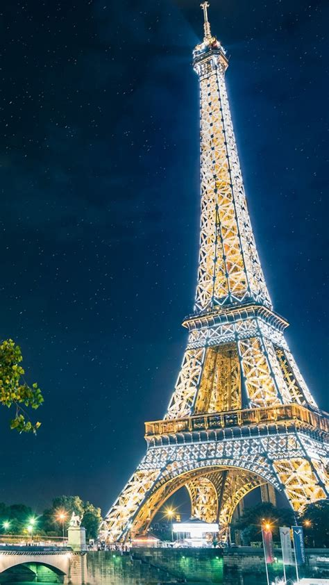 wallpaper for iphone paris eiffel tower at night iphone wallpapers pinterest