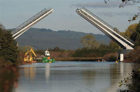 puente cau cau za 241 artu la firma de ingenieros presente en costanera