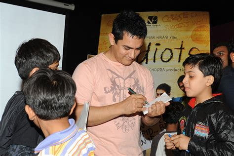 film terbaru aamir khan 3 idiots a bollywood film makes waves in india and