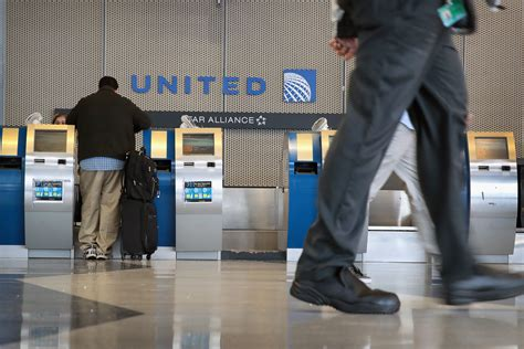 united airlines excess baggage united airlines overweight baggage fee book united
