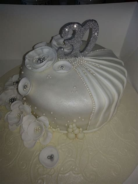 30th Wedding Anniversary Cake Pearl Wedding   Pearl