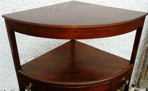 Ecktisch Klein by Kleiner Dekorativer Ecktisch Englischer Tisch 19