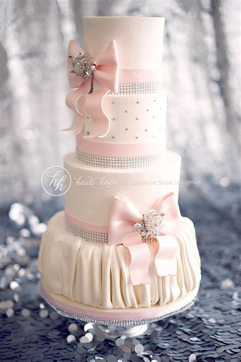 1000  ideas about 18th Birthday Cake on Pinterest   18