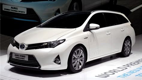 Of Toyota Toyota Auris Touring Sports Review Prices And Output Of