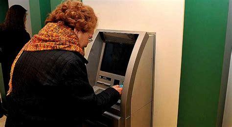 cobro de subsidio por fallecimiento caja de jubilaciones denuncian fraudes contra la caja de jubilaciones por m 225 s