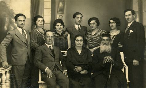 Jews Also Search For File A Family In Galaţi Rom 226 Nia Jpg Wikimedia Commons