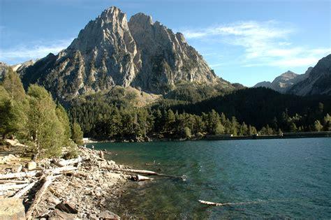 aig estortes estany de sant maurici national park pyrenees spain 1 25 000 trekking map alpina books file estany de sant maurici jpg wikimedia commons
