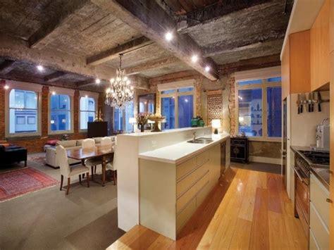 cool warehouse conversion   apartment  pics