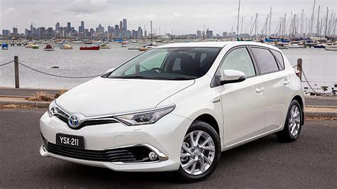 What Year Did Toyota Start The New Toyota Corolla Gets Hybrid Power Gizmodo Australia