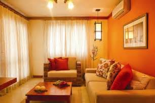 Tips to create warm and cool living room atmosphere home decor