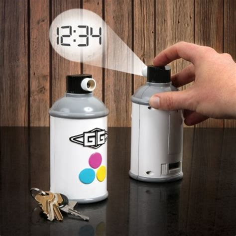Novel Projection Clock Spray Paints The Time On Your Wall