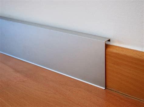 recessed baseboards aluminium skirting board novorodapie 174 rehabit by emac italia