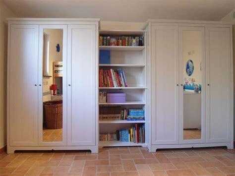 armadio libreria ikea ikea armadi per ogni spazio armadi ante battenti ikea