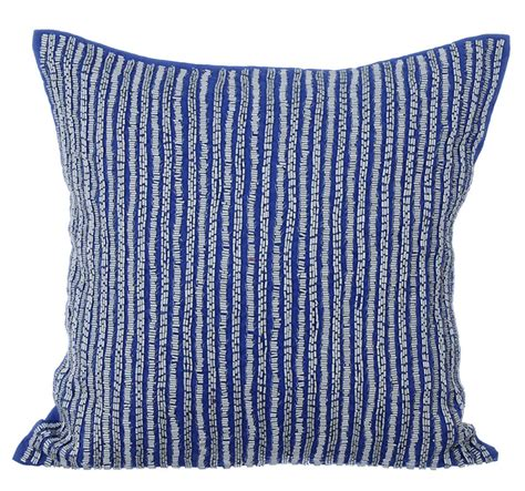 blue throw pillows for bed blue throw pillows for bed 28 images baul blue 18 x 18
