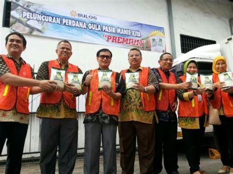 Rambut Palsu Di Surabaya bulog jatim pasarkan quot gula kita quot di pasar modeen beritalima